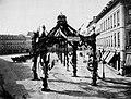 Mylius, Carl Friedrich - Triumphgasse auf dem Roßmarkt in Frankfurt nach dem deutsch-französischen Krieg, Frankfurt (Zeno Fotografie).jpg