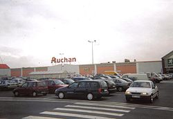Un hypermarché Auchan en Pologne.