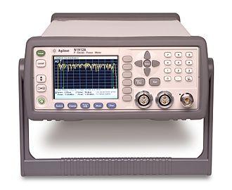 Microwave power meter - Agilent P-series Power Meter