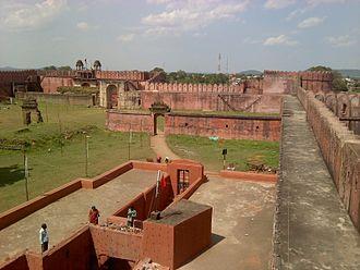 Vakataka dynasty - Ruins of Nandivardhana fort