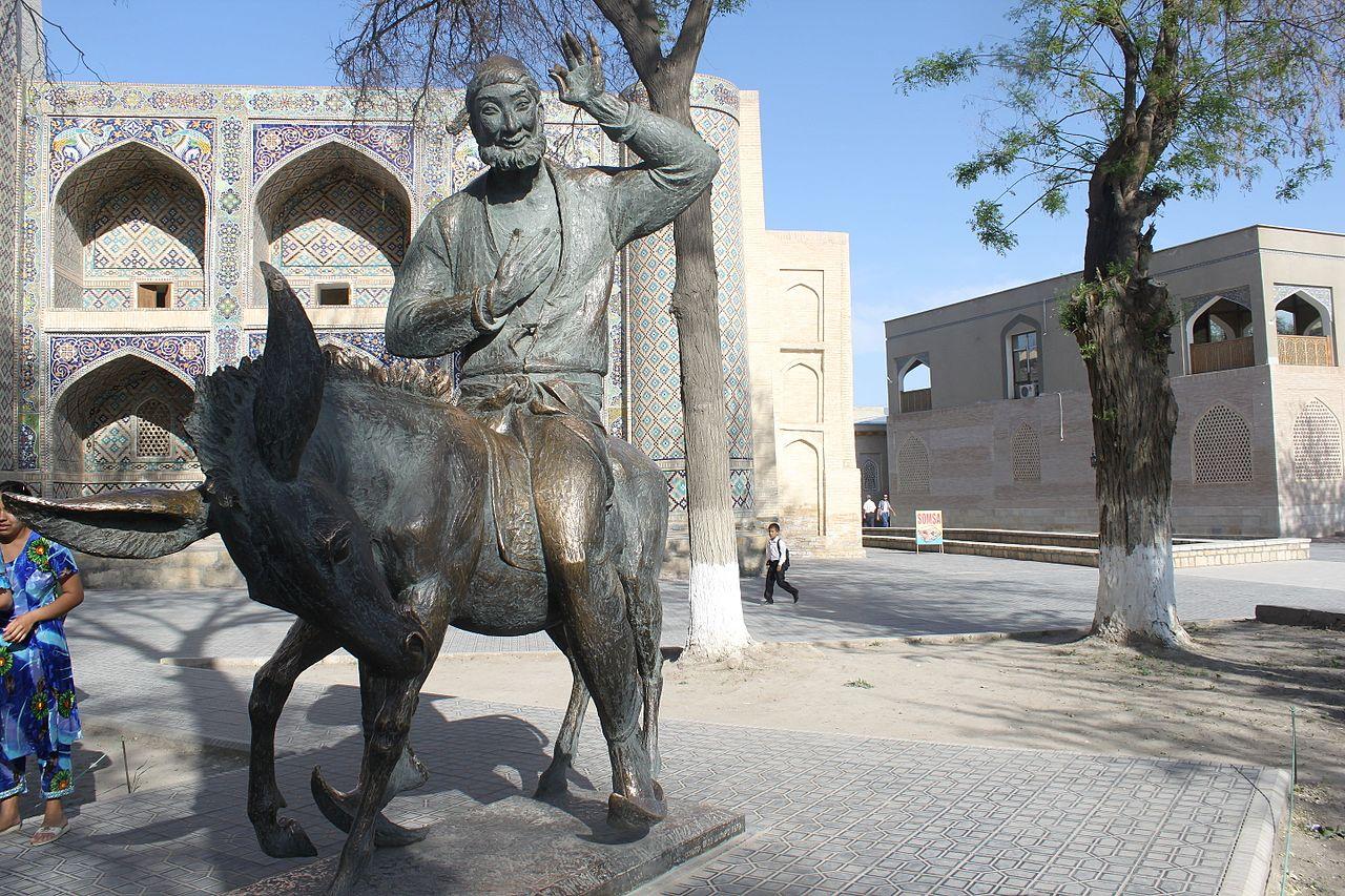 Nasr Eddin Hodja statue in Bukhara Liab -i-Haouz complex.JPG