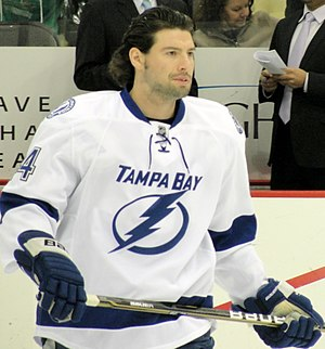 Nate Thompson - Thompson during his tenure with the Lightning.