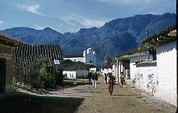 Nebaj Calle y Iglacia 1950s.jpg