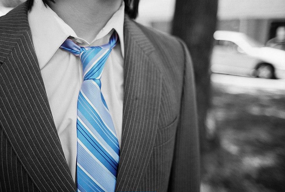 Necktie-colour-isolation