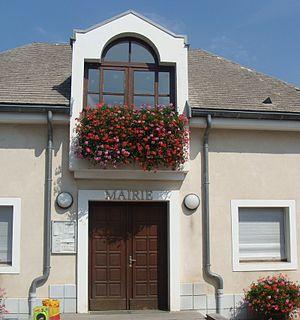 Neffes Commune in Provence-Alpes-Côte dAzur, France