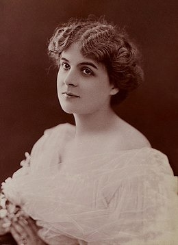 Nelly Martyl by Jean Reutlinger (Image 10715).jpg