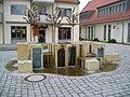 Neunkirchen-am-Brand-Brunnen-vor-Zehntscheune.jpeg