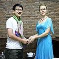 Nhà Đông phương học Daria Mishukova trong cuộc phỏng vấn của Nhà báo Nguyễn Thành Luân ở Phú Quốc, tỉnh Kiên Giang, Việt Nam.jpg