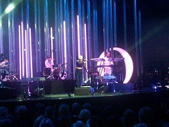 """Dancing On My Own - Robyn performing """"Dancing on My Own"""" at the 2010 Nobel Peace Prize Concert"""