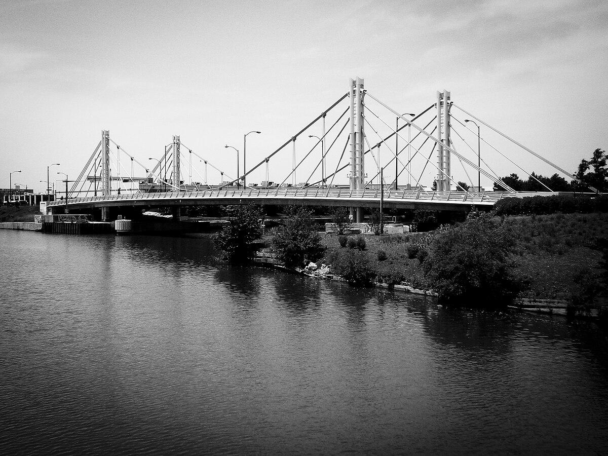 North Avenue Bridge - Wikipedia