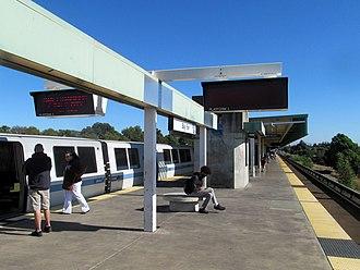 Bay Fair station - Northbound train at Bay Fair station in 2017