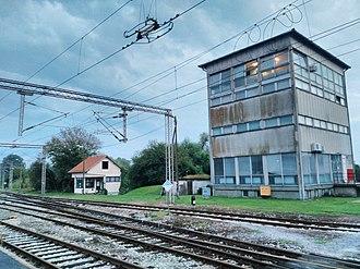 Novska - Image: Novska railway station Станица у Новској 01