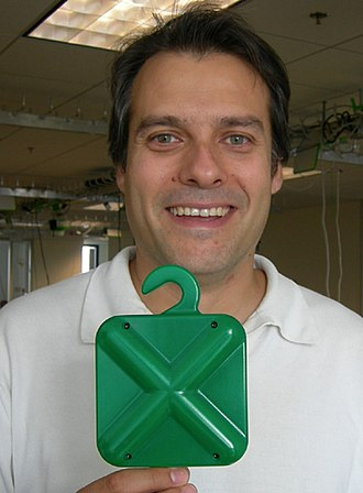 OLPC XS - The OLPC Active Antenna will help build the mesh network.