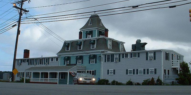 File:Orleans Inn.jpg