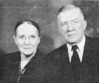 Oscar W. McConkie - Vivian and Oscar McConkie, ca. 1952