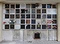 Père-Lachaise - Division 87 - Columbarium 1881-1984 02.jpg