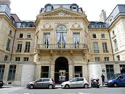 P1100879 Paris Ier rue de Valois n°7 ministère de la culture rwk.JPG