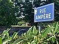 Panneau de la rue Ampère de Saint-Maurice-de-Beynost (juin 2020).jpg
