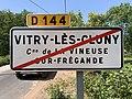 Panneau sortie Vitry Cluny Vineuse Fregande 1.jpg