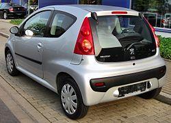 Peugeot 107 20090809 rear.JPG