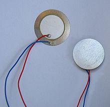 https://upload.wikimedia.org/wikipedia/commons/thumb/f/f4/Piezo.jpg/220px-Piezo.jpg