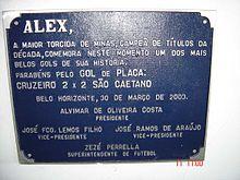 Placa presente no Hall de Entrada do Estádio Mineirão em homenagem ao gol  feito por Alex na 1ª Rodada do Brasileirão 2003. 408256139405f