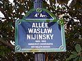 Plaque Allée Waslaw-Nijinski.JPG