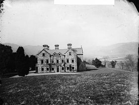 Plas Hengwrt, Llanelltud looking towards Barmouth NLW3361432.jpg