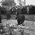 Plechtigheid bij de graven van gefusilleerden te Zijpe en St Pancras, Bestanddeelnr 900-3378.jpg