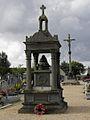 Plouvorn (29) Monument aux morts.JPG