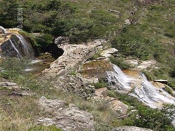Ponte de Pedra Quenio Guartelá.jpg