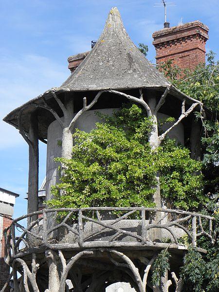 Villa Bailleul, sise à Pontorson (50). La citerne.