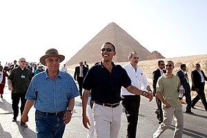 Zahi Hawass - Zahi Hawass and Barack Obama, June 2009