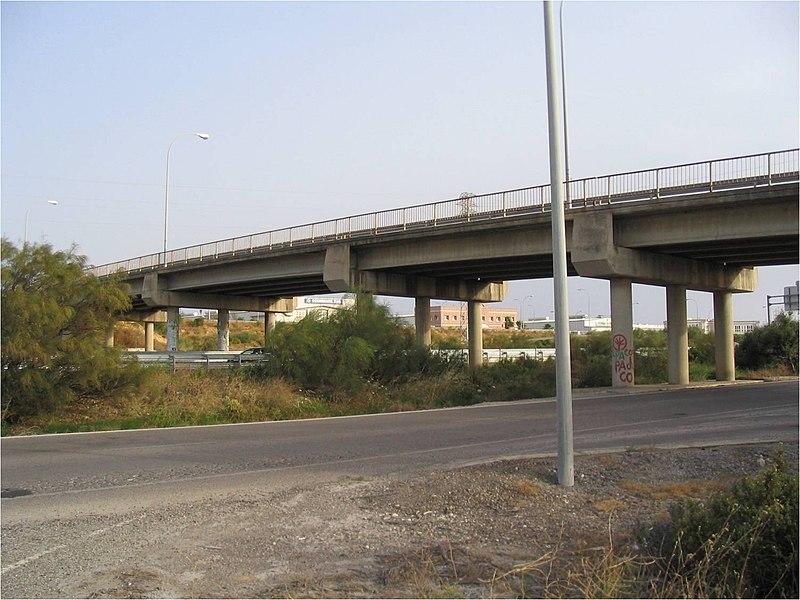 File:Puente actual sobre la carretera N-443. - panoramio.jpg