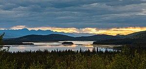 Puesta de sol en el Refugio Nacional de Vida Silvestre Tetlin, Alaska, Estados Unidos, 2017-08-24, DD 92.jpg