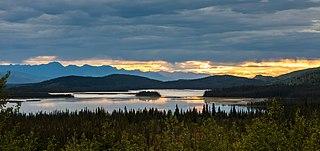 Naplemente a Tetlin Nemzeti Vadvédelmi Területen (Alaszka, Amerikai Egyesült Államok)