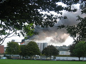 Kennedy Park (Cork, Ireland) - Image: R&H Hall Silo On Fire 2006 Viewed From Kennedy Park