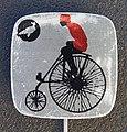 Reclamespeldje van een oud model fiets foto 7.JPG