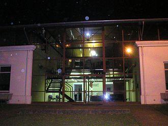 National University of Quilmes - Image: Rectorado UN Qnoche
