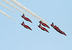 Red Arrows 10 (7568002026).jpg