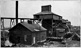 Centerville, Iowa - The upper works of the Relay Mine No. 3, circa 1908.