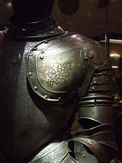 Ritterrüstung (suit of armor)- Grandmasters palace, Valletta, Malta.jpg