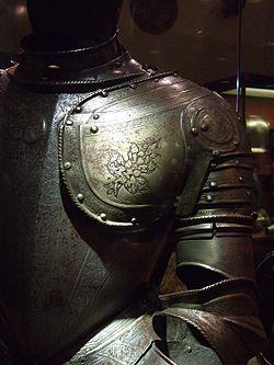 http://upload.wikimedia.org/wikipedia/commons/thumb/f/f4/Ritterrüstung_(suit_of_armor)-_Grandmasters_palace,_Valletta,_Malta.jpg/250px-Ritterrüstung_(suit_of_armor)-_Grandmasters_palace,_Valletta,_Malta.jpg