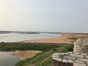 Sirpur (Chhattisgarh) - A view of River Mahanadi from a Shiva temple in Sirpur.