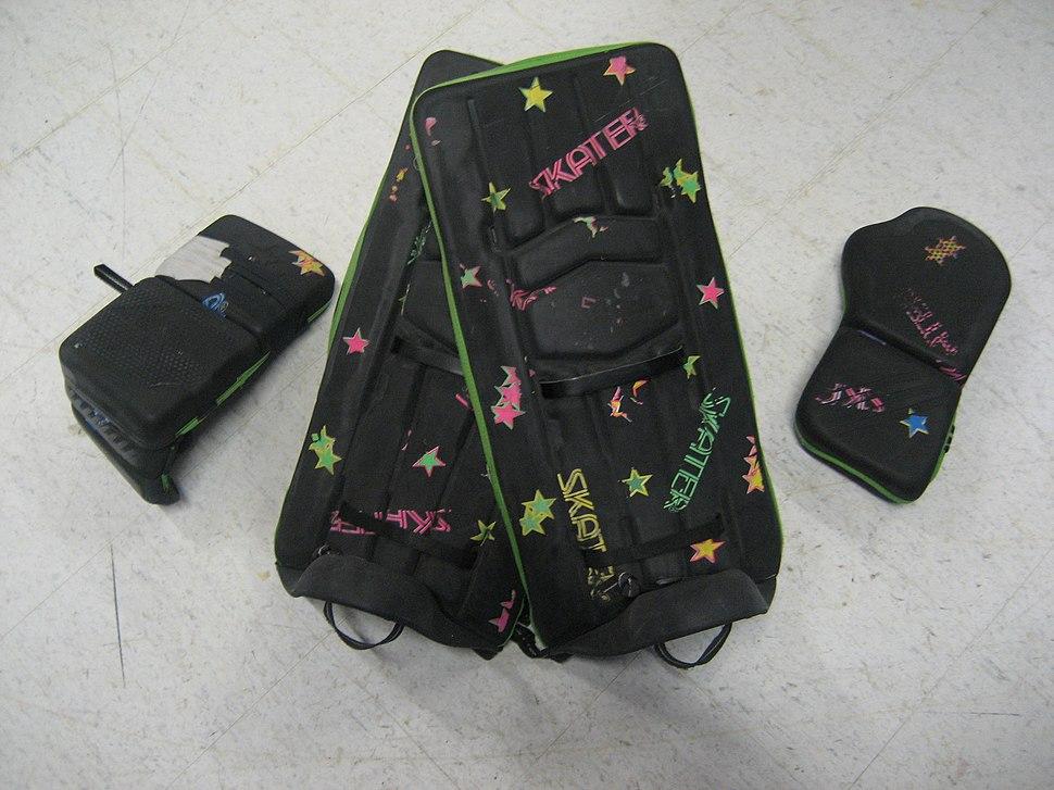 Roller-hockey-(Quad)-Goalie-Gear
