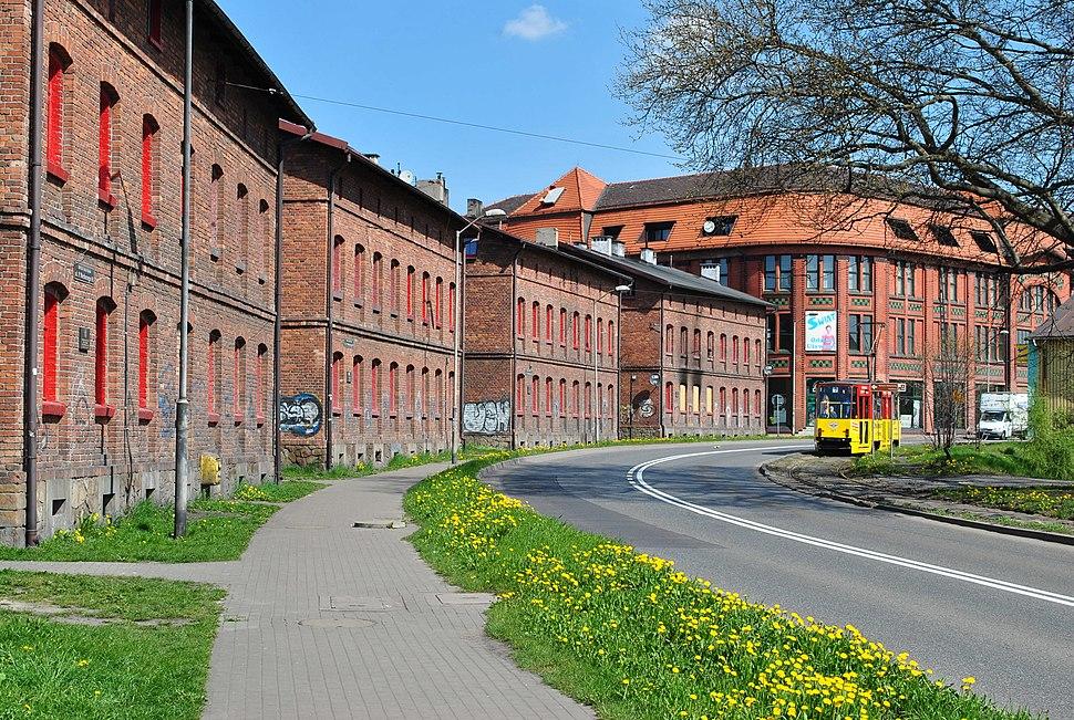 Ruda %C5%9Al%C4%85ska Kaufhaus 04.15 024