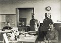 Rudolf Maister v družbi sodelavcev v Mariboru.jpg
