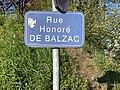 Rue Honoré de Balzac (Saint-Maurice-de-Beynost) - panneau de rue.jpg