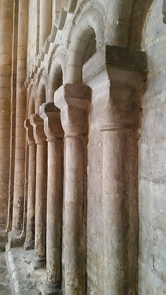 Arcade (architecture) - Norman blind arcade, Ely Cathedral