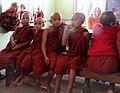 Sagaing-Aung Myae Oo-Klosterschule-24-kleine Moenche-gje.jpg